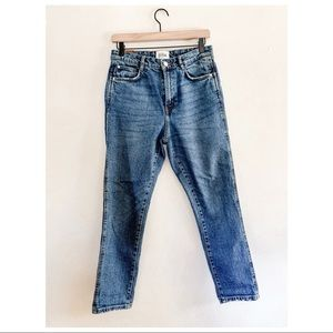 Medium wash slim boyfriend jeans